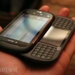 Telefon dual-screen LG